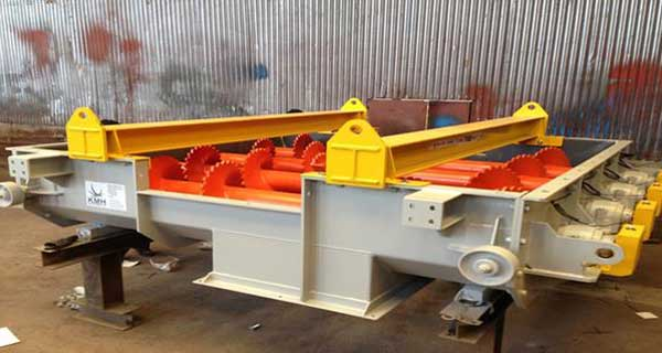 KMH Transition Screw Feeder